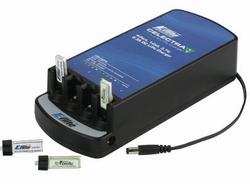Eflite Celectra 4-Port 1S 3.7V 0.3A DC Li-Po Charger  Pakket