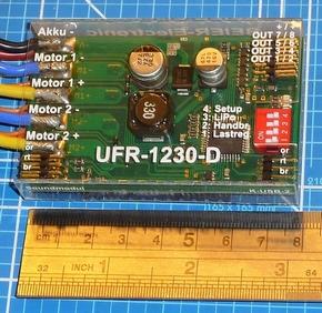 Beier UFR-1230D Rijregelaar Dubbel RUPS twinmotor 2x30A mix  Pakket